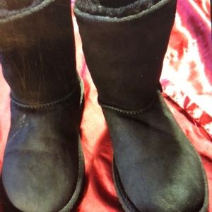 AUTHENTIC UGG KID (girl) SIZE 1 BLACK BOOT